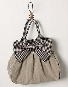 Pleated hobo slouch bag with bow sewing pattern