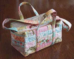 Diaper bag tote with flat bottom sewing pattern