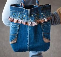 Denim purse or tote bag with outside pocket from old jeans sewing pattern