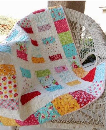 Charm pack quilt free pattern
