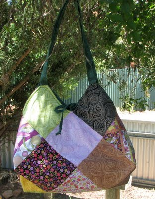 Hobo bag from charm squares free sewing pattern