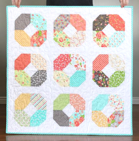 Ring quilt from charm pack fabric free pattern