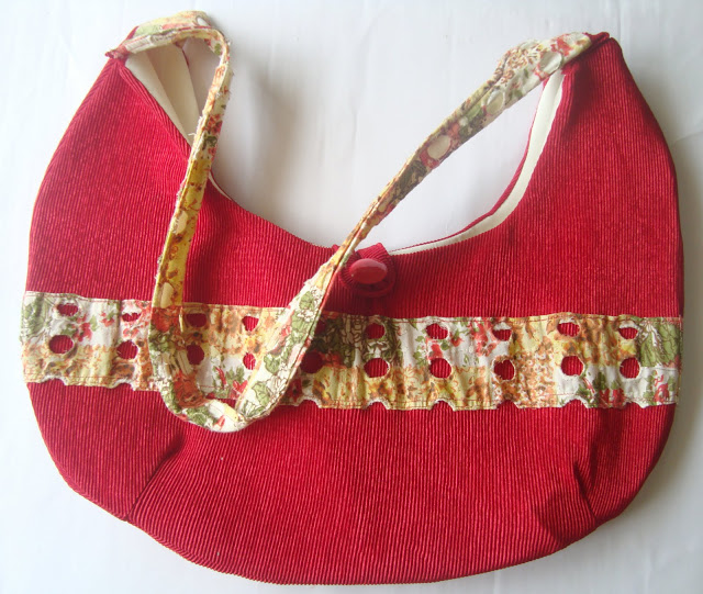 Corduroy crescent shaped hobo purse free sewing pattern