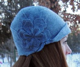 Vintage cloche hat for winter free sewing pattern