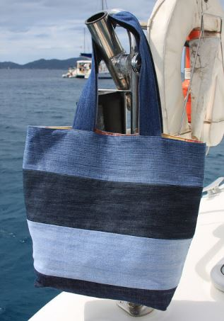 Tote bag from old jeans free sewing pattern