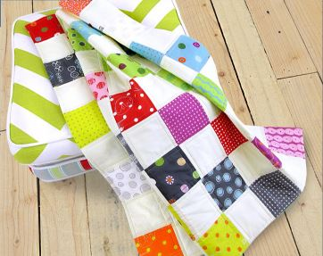 Baby quilt from charm pack fabric squares free pattern