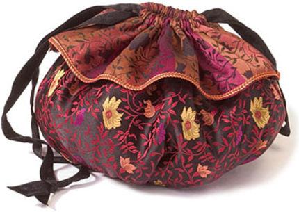 Drawstring purse free sewing pattern