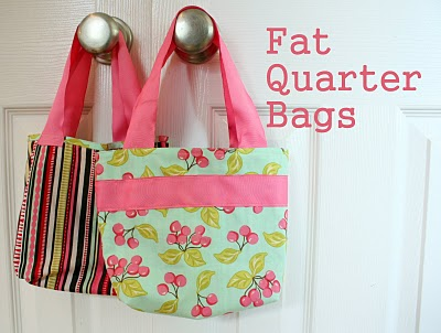 Small tote bags from fat quarters free sewing pattern