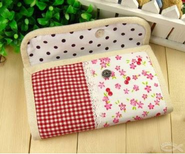 Fabric accordian wallet free sewing pattern