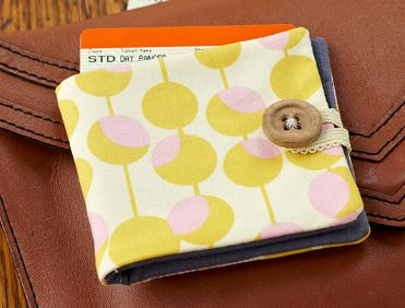 Simple fabric wallet free sewing pattern