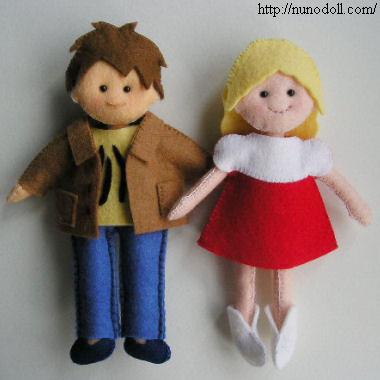 Small fabric felt dolls free sewing pattern