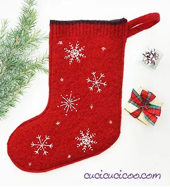 Christmas stocking from recycled sweater free sewing pattern