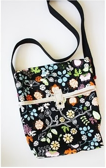 Small foldover bag free sewing pattern