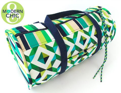 Round duffle bag free sewing pattern