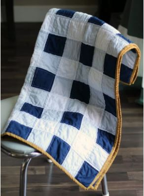 Baby boy quilt with gingham check design free pattern