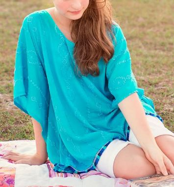 Girl's spring summer poncho free sewing pattern