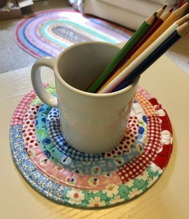 Jelly roll coasters from scraps sewing pattern