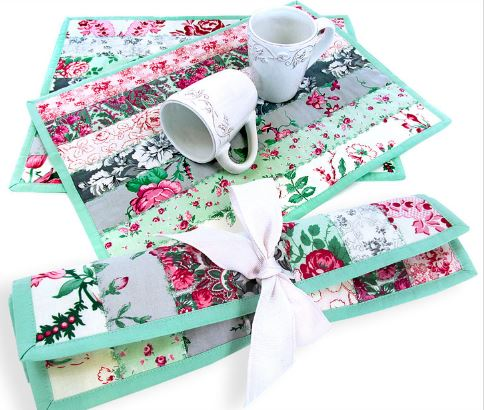 Quilted placemats from jelly roll strips free sewing pattern