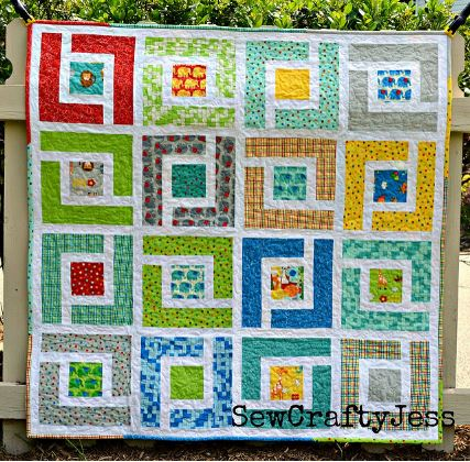 Square quilt design from jelly roll fabric strips free sewing pattern