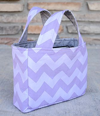 Small tote bag using fat quarter free sewing pattern