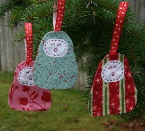 Fabric holiday ornaments free sewing pattern