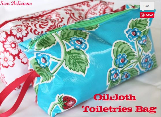 Oilcloth laminated zippered toiletry tote bag free sewing pattern