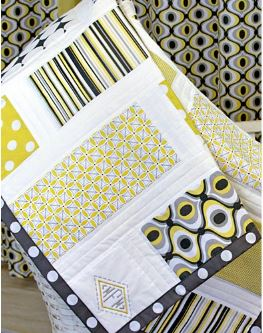 Patchwork framed baby quilt free pattern