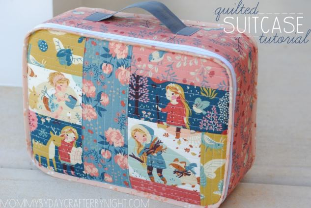 Child's quilted fabric weekend suitcase free sewing pattern