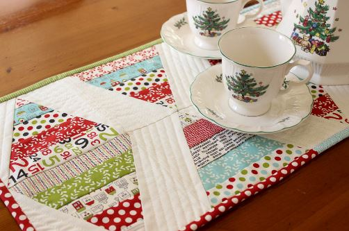 Quilted table runner from jelly roll strips free sewing pattern
