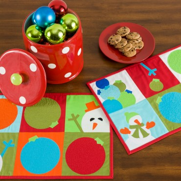 Holiday snowman quilted placemat free sewing pattern