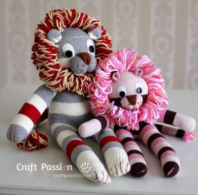 Lion stuffed animal from socks free sewing pattern