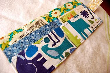 Fabric wallet free sewing pattern