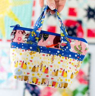 Mini tote bag from fat quarters free sewing pattern