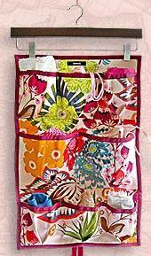 Hanging travel lingerie organizer free sewing pattern