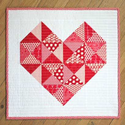 Mini quilt with triangle patchwork heart design free pattern