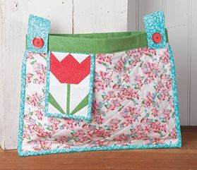 Quilted walker bag with flower design free sewing pattern