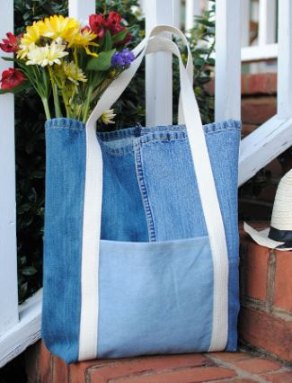 Denim jeans tote bag with outside pocket sewing pattern