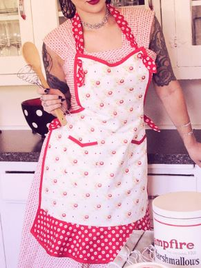 Vintage style reversible full apron free sewing pattern