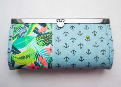 Fabric wallet with metal frame and flat lock free sewing pattern
