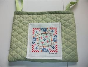 Quilted wheelchair tote free sewing pattern